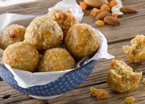 Apricot-Cashew-Nut-Bliss-Balls